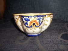 ANTIQUE HANDPAINTED DESVRES FRENCH FAIENCE POTTERY QUATREFOIL CUP CHIP ON RIM